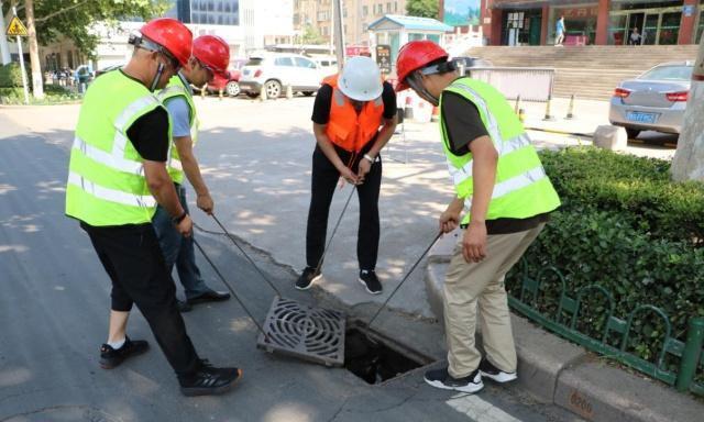 潍坊开展城市万博app最新版设施汛期安全应急演练