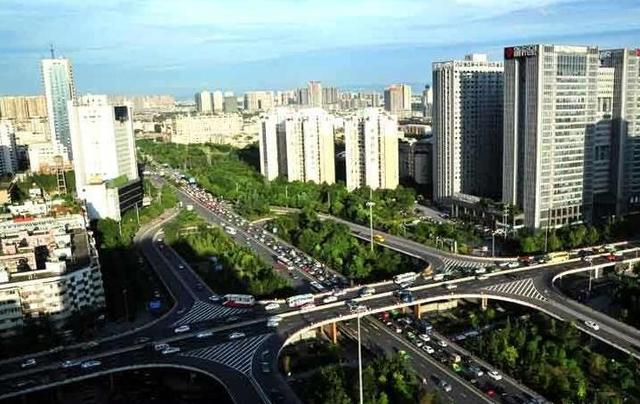 """中国""""最霸气""""城市,堪称全球最牛电子产业基地,重庆只能排后边"""