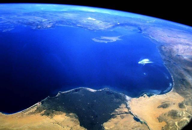 地球资源还能用多久?20亿年后太阳膨胀,地球能撑到那个时候吗?