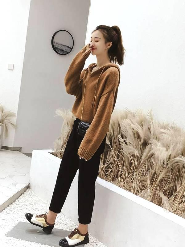 温暖又时髦的针织毛衣,是秋冬季穿搭的必备款哦!