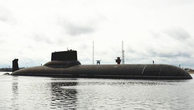 油漆工无意滴落一滴油漆,造成当时最先进潜艇
