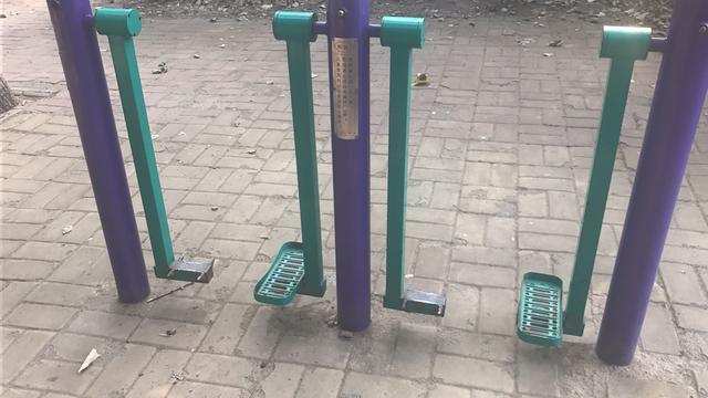 街头健身器材,伤残老化该找谁?潍坊市起草完成公共健身设施管理办法