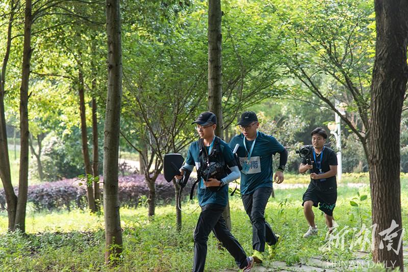 湖南代表队获全国无线电监测技术演练预赛(第四赛区)团体第一名
