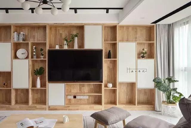 116㎡12万 三居,电视背景墙的大柜子太实用了!亲戚都上门借鉴