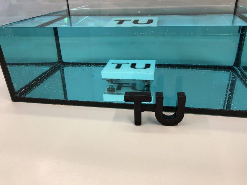 维也纳技术大学开发了可在水下固化的环氧树脂-复合材料网