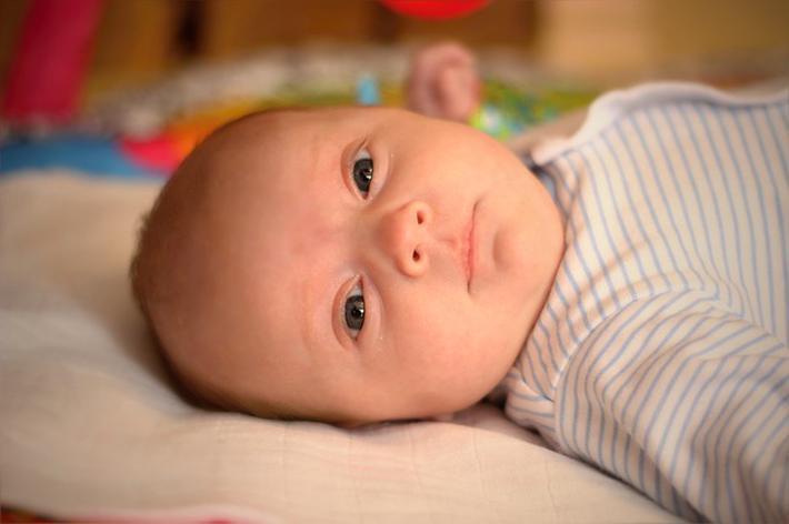 2岁宝宝咬碎温度计,误吞水银,宝妈的处理方法连医生都称赞