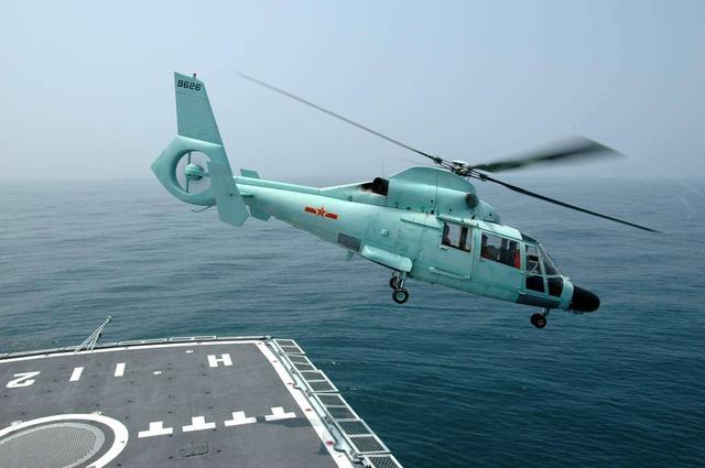 南北船厂神盾舰齐聚,舰身加长可抵055,新增一设备堪称反潜利器