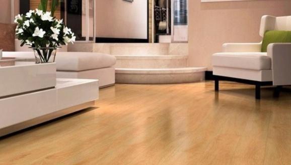 为啥外国人喜欢用木地板,而中国人则喜欢用瓷砖?内行人说出原因