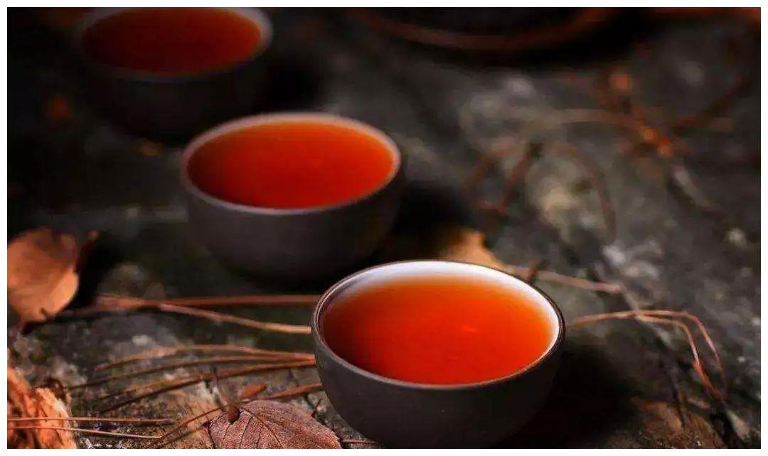 乌龙茶的3种泡法,最后一种适合大众饮用,转给喜欢乌龙茶的朋友