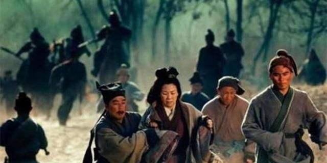 董卓毁掉秦始皇亚游ag515|官网的十二铜人,造成一可怕灾难