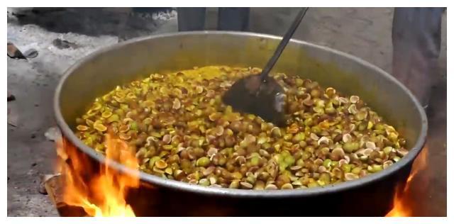 印度无花果,像洋葱一样大,切开全是蜜,做成百斤蜜饯