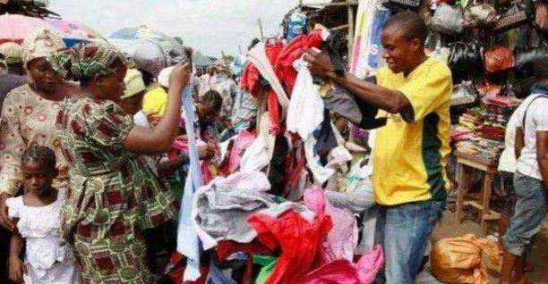 中国捐赠的旧衣服到非洲后,将被怎么处置?看完才明白其中的猫腻