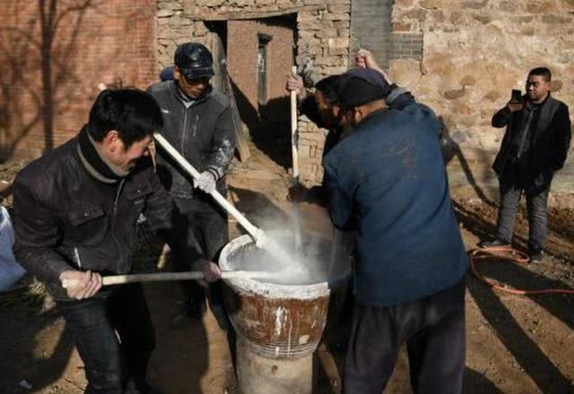 河南村民土法做粉条,手艺传承百年一次加工上万斤