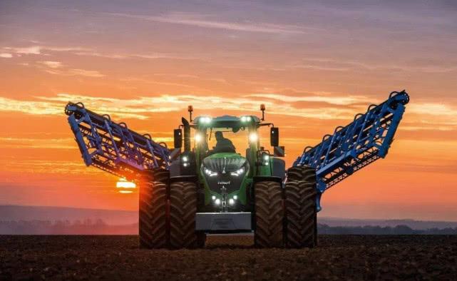 德国农业机械最强模式!1小时横扫300亩,网友:国内啥时有?