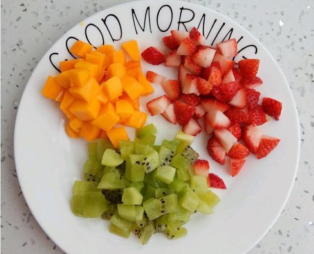 在家就能做出酸甜有弹性的果冻,无任何添加剂,好吃又健康