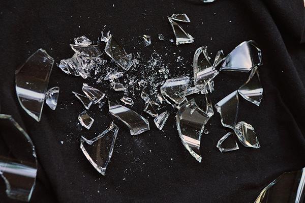碎玻璃是什么垃圾 废灯管是什么垃圾