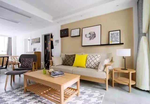 朋友的婚房装修真漂亮,家具全用实木,简朴而高雅!