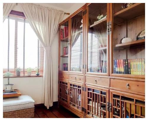 喜欢实木家具了!135平米三室两厅新中式家居装修设计风格