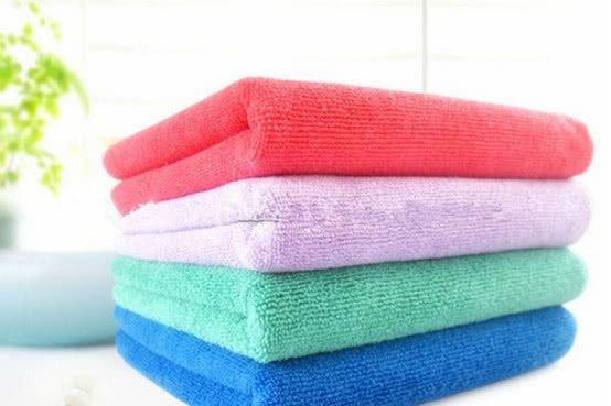 毛巾有霉臭味别扔掉,聪明主妇用这个方法,毛巾立马蓬松又清香