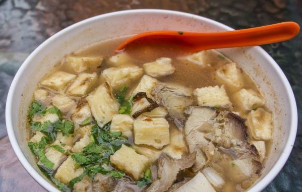 不管炖什么鱼,都别加这种调料,否则鱼汤不白不鲜还特别的腥