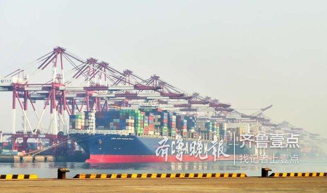 43.23自然箱/小时,青岛港自动化码头创出新世界纪录