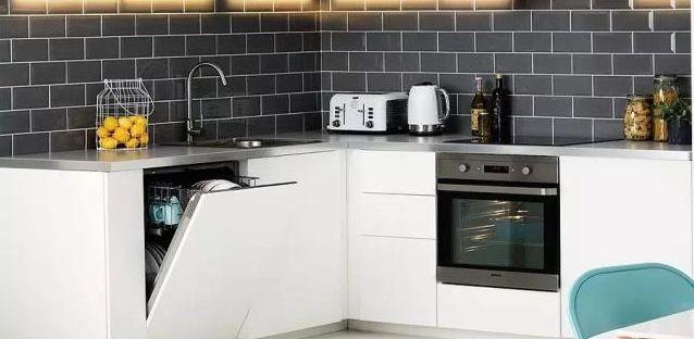 厨房鸡肋电器投票,这两种电器实用性最差,你家中招了吗