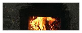 在我的家乡农村,木火锅是一种必不可少的家用电器