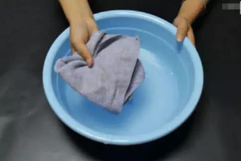 毛巾用久了油腻腻?教你4个小妙招,清洗完毛巾干净清爽,贼实用