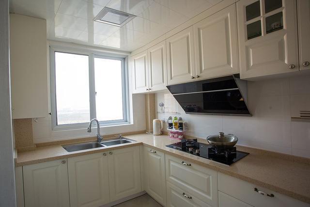 提高厨房舒适度,五金配件挑选有讲究,3种提升厨房收纳的设计