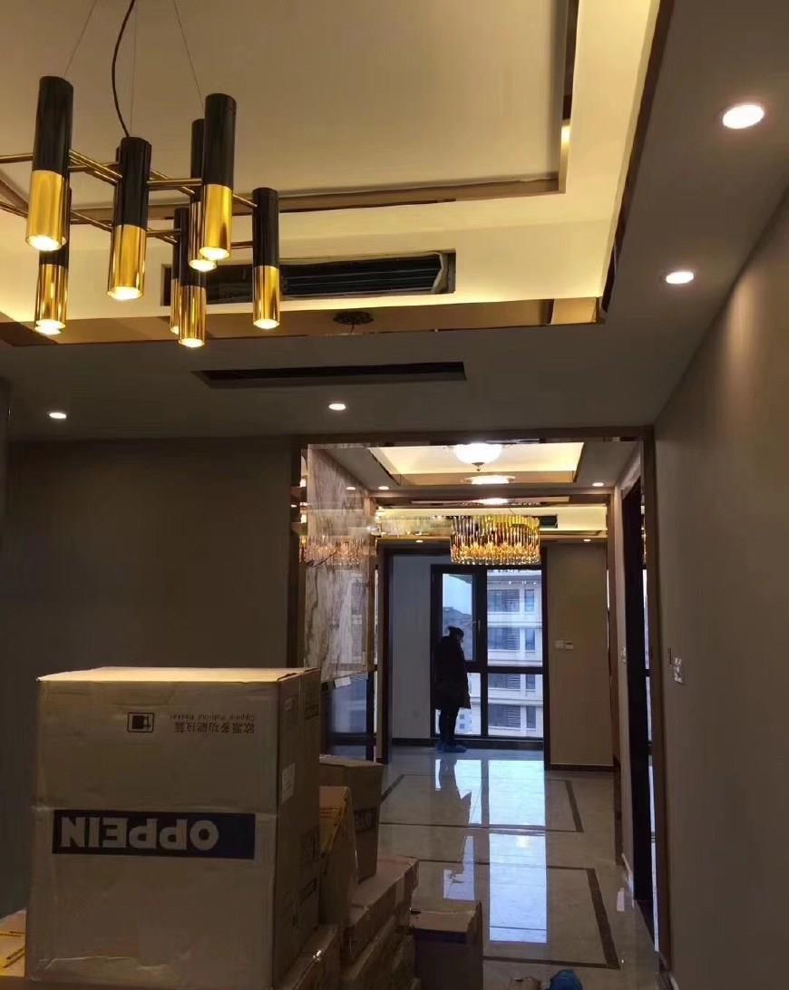 新房硬装完工,花了18万,电视墙实在漂亮,网购的灯具是最大亮点
