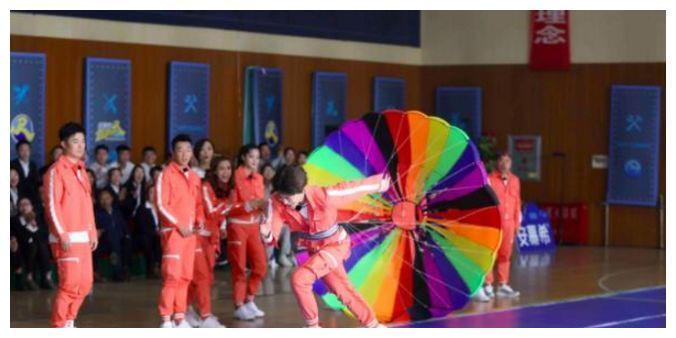 《奔跑吧》中范丞丞的镜头比鼓风机还少,欧阳娜娜也只说几句话?