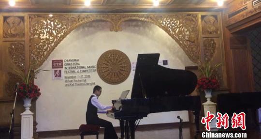 13岁兰州娃获国际钢琴赛大奖:假期每天练习8小时