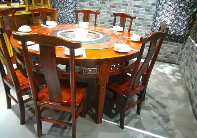 如何挑选实木餐桌椅?实木餐桌椅选购技巧