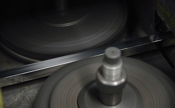 「304不锈钢管」304不锈钢管的软硬是由什么决定的?