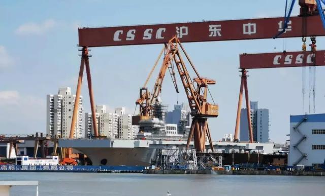 075型首舰被喷涂灰色油漆,安装了雷达,专家: