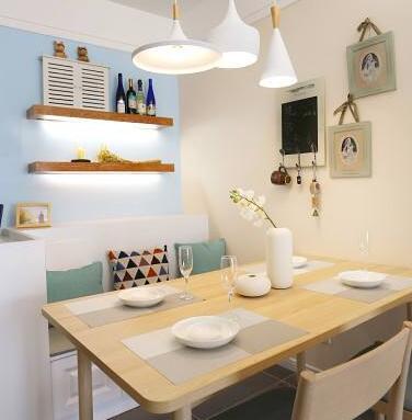 小户型装修别买传统餐桌椅了,如今流行卡座设计,即美观又实用