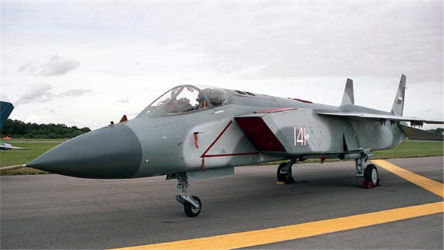 俄罗斯又送厚礼,邀中国维修苏联遗留战机,战机垂起技术有望突破
