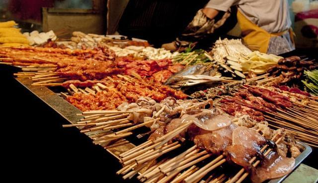 买烧烤时,懂吃的人会点这4种食物,老板看到不会给假肉!