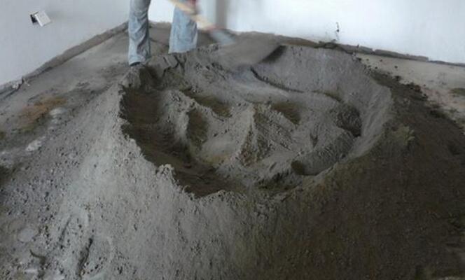头次见有钱人往水泥加洗衣粉,听老泥工分析,懊悔知道太晚了!