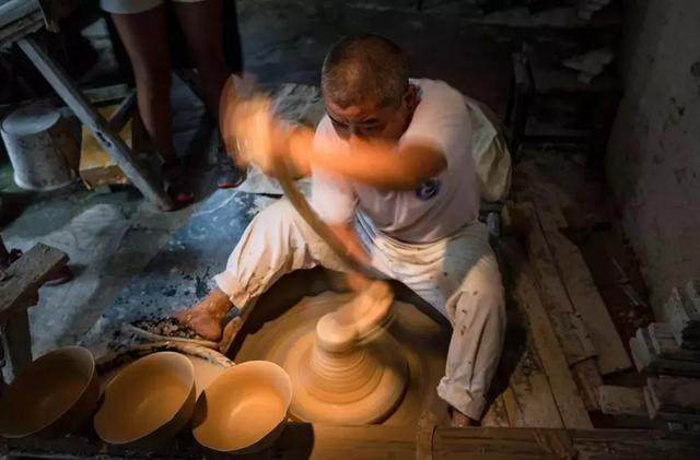 一座景德镇,半部陶瓷史