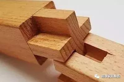 买实木家具,不认识木材也没关系,会看榫头形状就行!