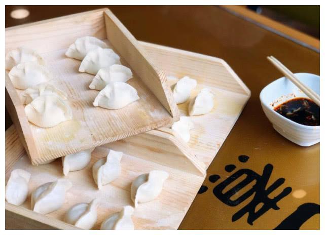 为什么自助水饺只要18一位,是原材料太低劣吗?真相扎心了!