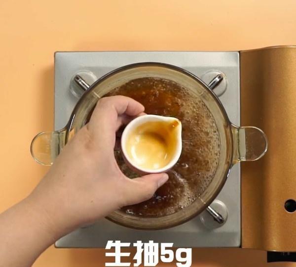 """煮茶叶蛋别只会加盐和水!多加这""""五味"""",鸡蛋超入味还不开裂"""