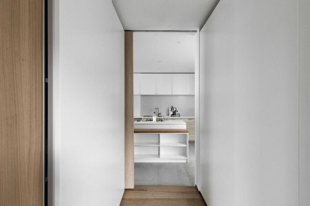 小两口85㎡的家,卫浴四式分离,9个功能区,主卧还带独卫+衣帽间