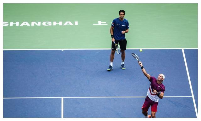 上海网球大师赛男双四强战:男双2号种子力克6号种子闯入决赛