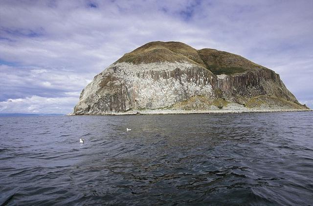 特殊石材的火山岛:每几年才采石一次,没有它,一项运动或许消失