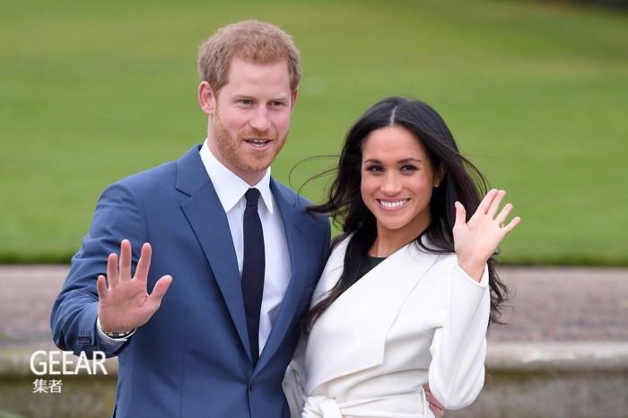 梅根王妃重穿订婚时的连身裙,最瞩目还是手上的小众手机万博版登录!