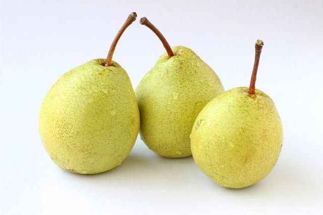 孕期要多吃这五种水果,不仅美容养颜,宝宝出生皮肤还能更白皙