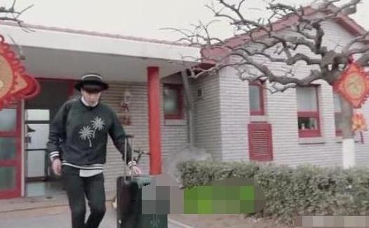 张若昀的豪宅:全屋铺满名贵木地板,装修大气又时尚