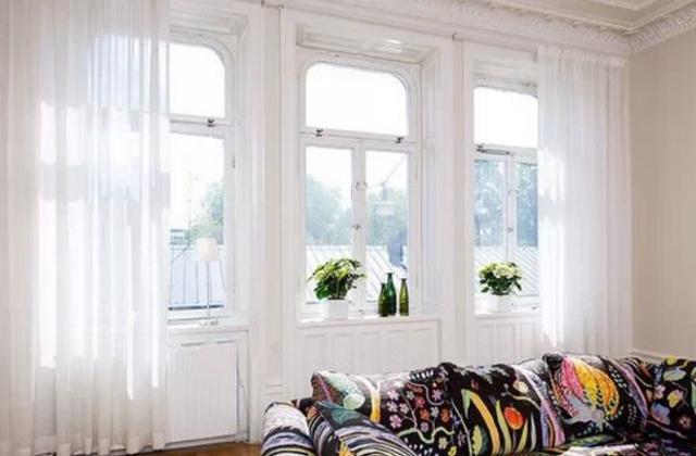 冬季装修,选对窗户型材室内才更保温,铝合金V塑钢到底哪个好?